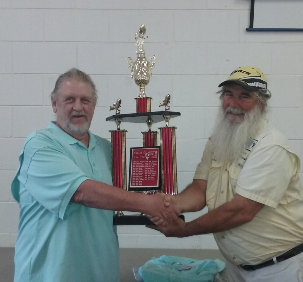 Angler of the Year Winner 2016 Don Streeter (left)